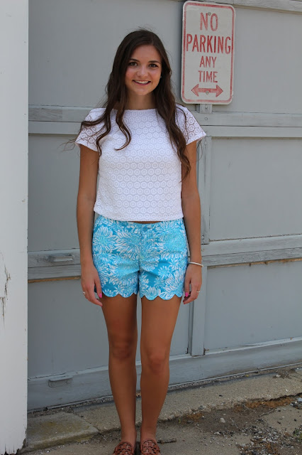 Lilly Pulitzer Scallop Shorts Anchors and Pearls