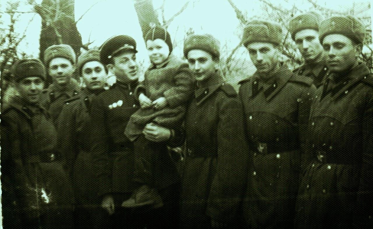 Раздевание в военкоматах 21 фотография