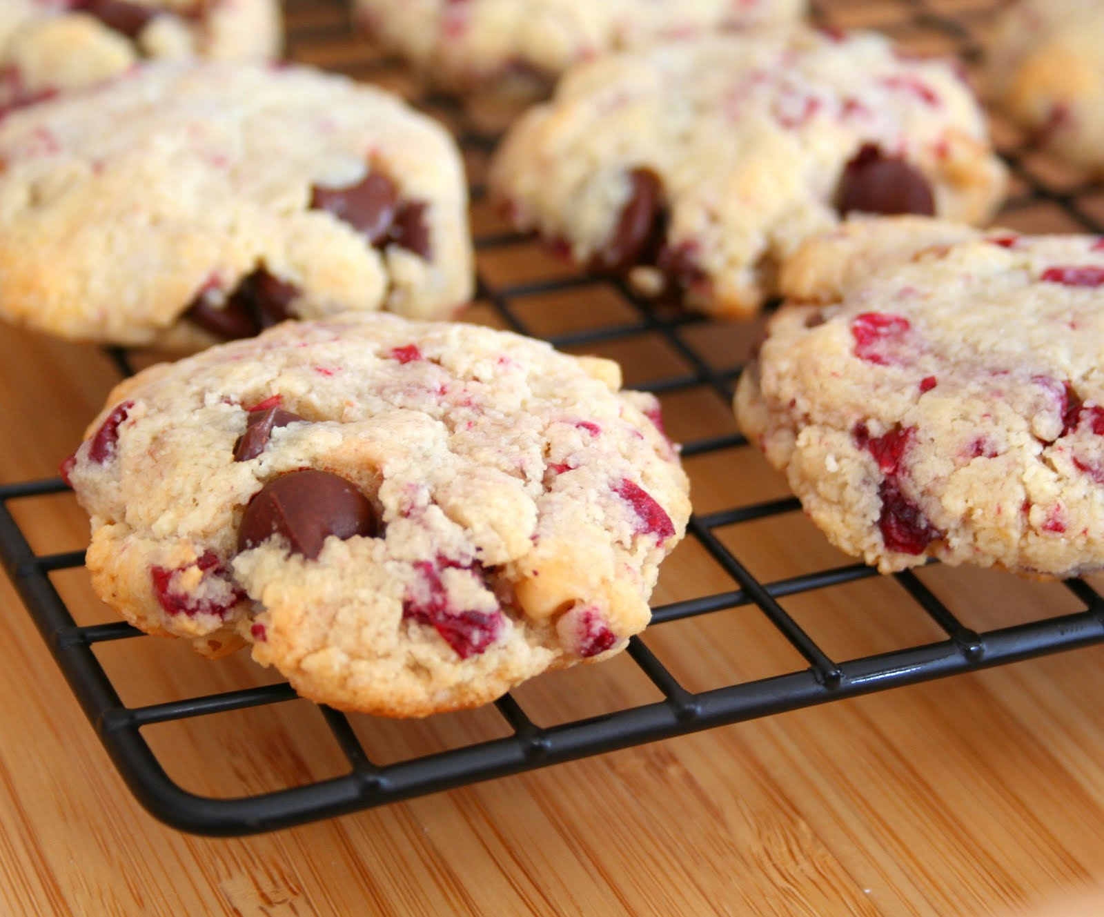 Cranberry Walnut Chocolate Chip Cookies (Low Carb and Gluten Free ...