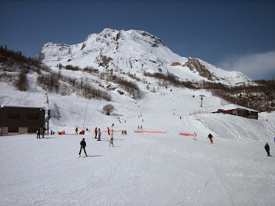 Ski in Gourrete, French Pyrenees