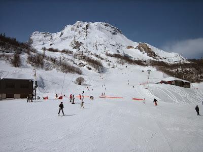 Ski in Gourrete, French Pyrenees