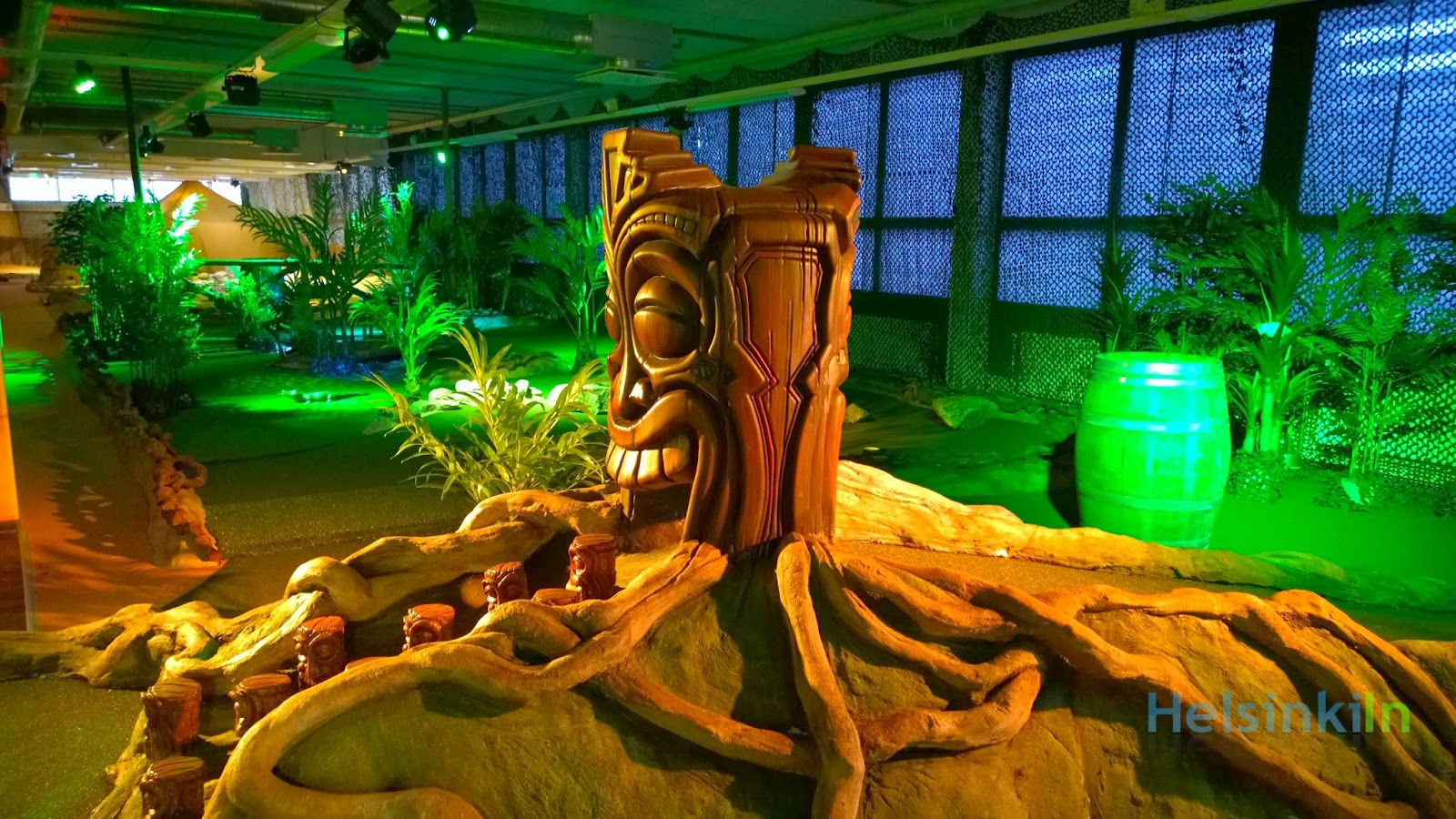 FunGo indoor miniature golf