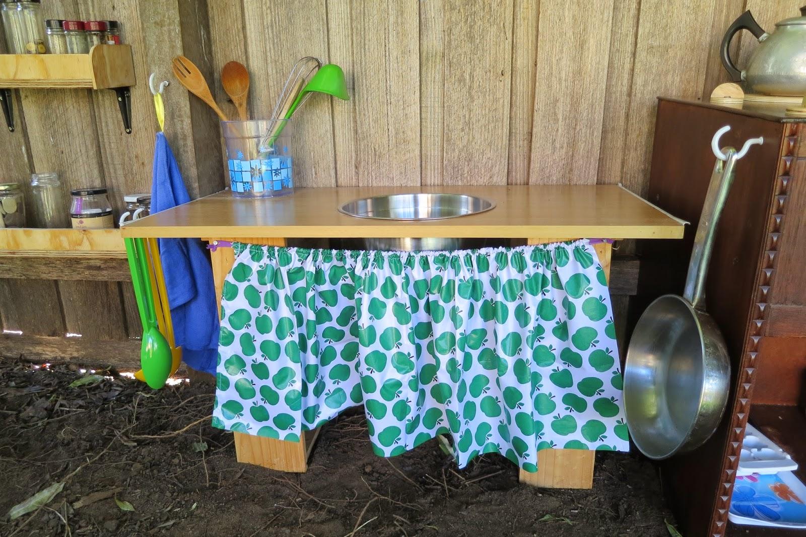 Outdoor Kitchen Fun | A Special Guest Post - Teacher Types