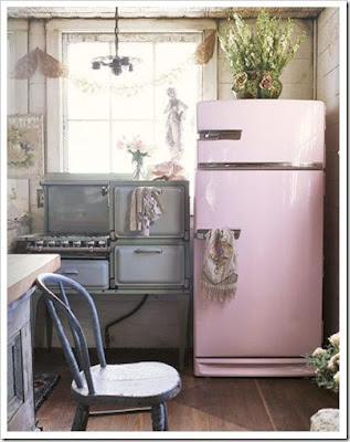 decoración cocina rosa con gris