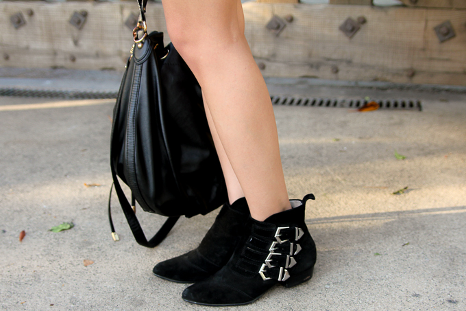 Equipment Femme, Zara buckled ankle boots, leather skirt, beautybitten