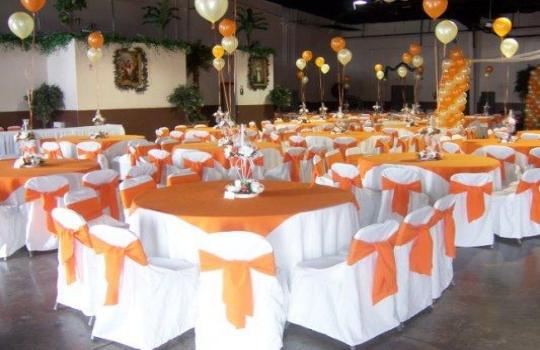 Decoraci n para todo tipo de celebraciones decoraci n de - Decoracion salones en blanco ...