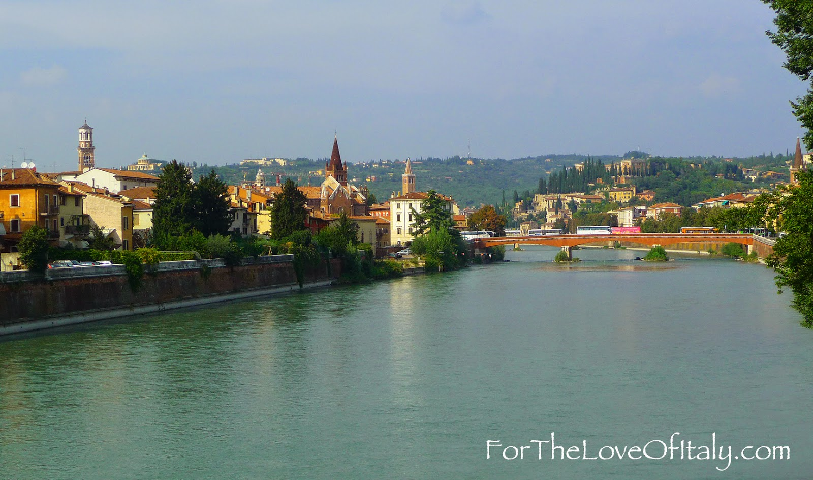 Why is Italy (verona) assosiated with love ?