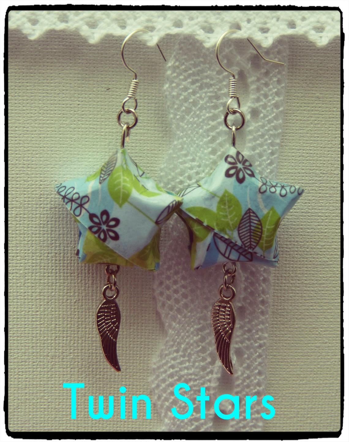 http://www.alittlemarket.com/boucles-d-oreille/fr_boucles_d_oreilles_origami_theme_twin_stars_etoiles_en_papier_et_breloques_ailes_d_ange_-8214903.html