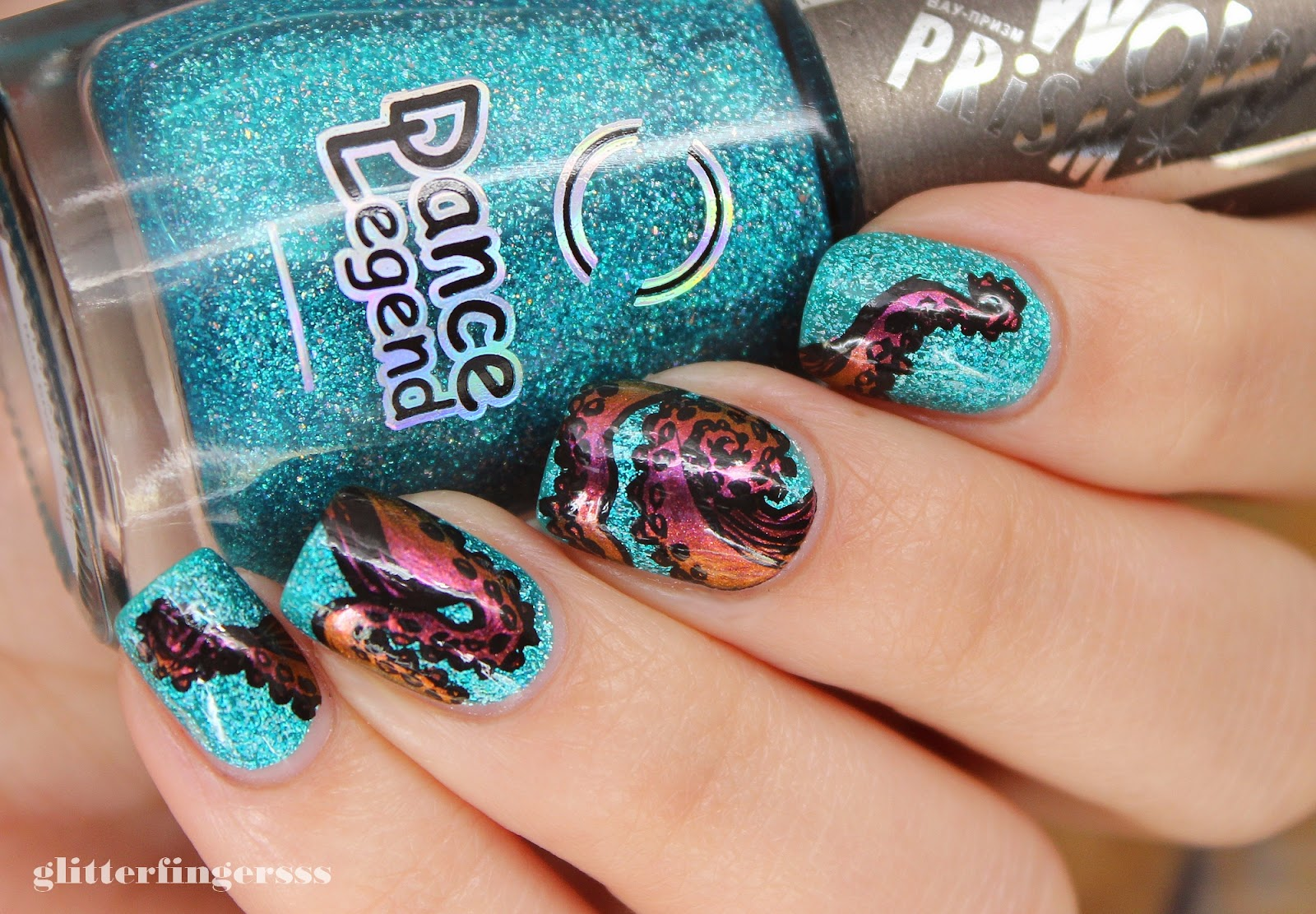 Nail art octopus glitterfingersss in english nail art octopus prinsesfo Image collections