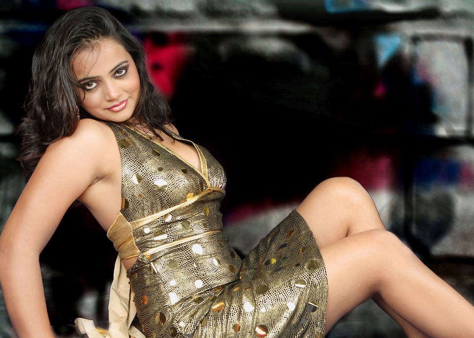 Reema Singh Spicy Photo Gallery