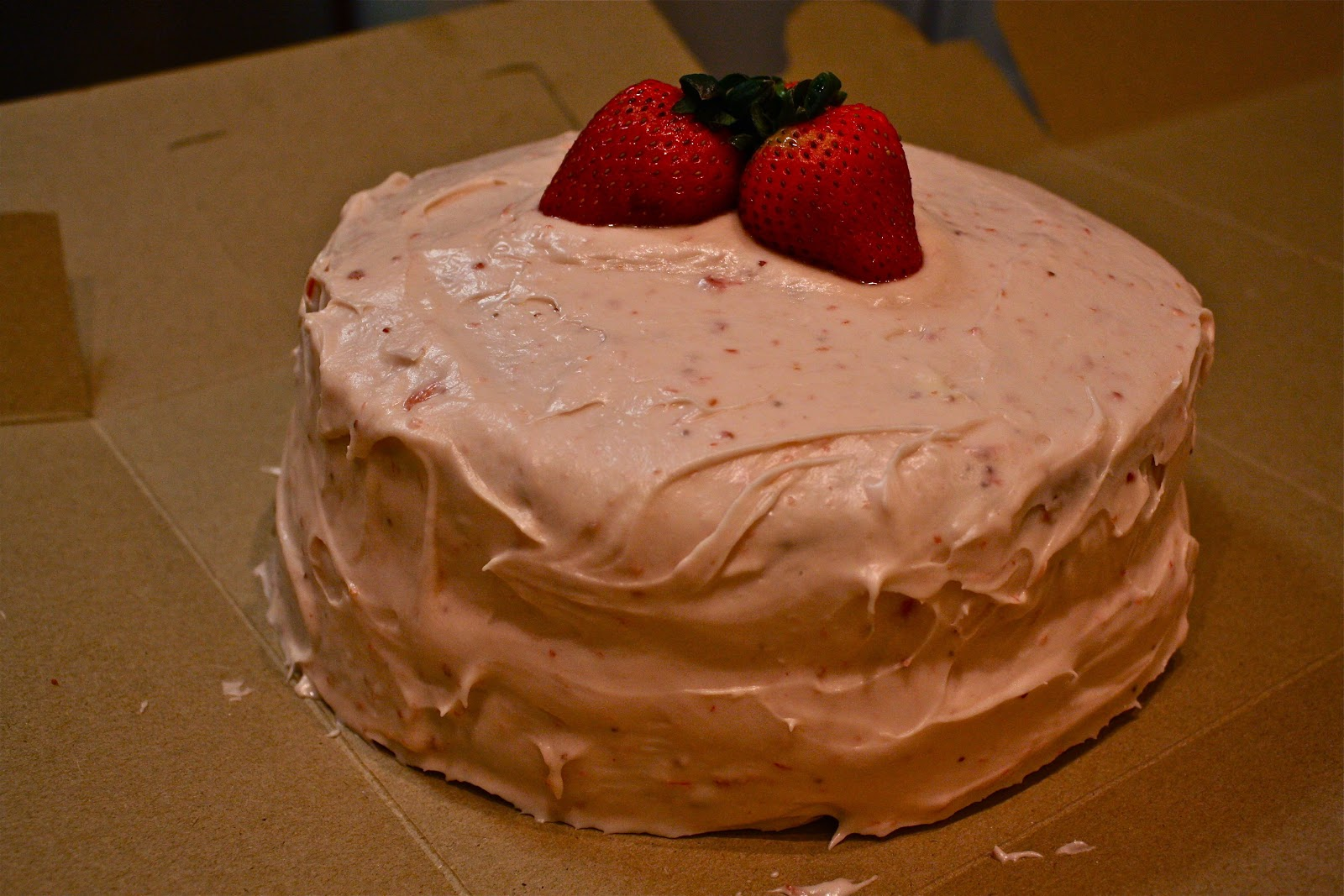 paula deans strawberry cake