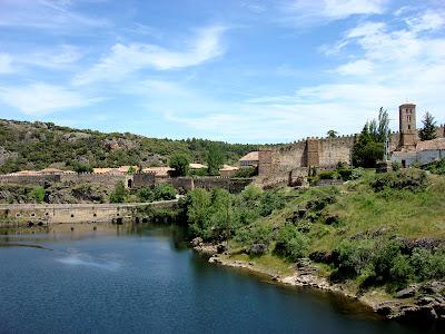 pueblos-con-encanto-Buitagro-del-Lozoya-1