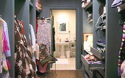 """""""Me gusta tener mi dinero en donde lo pueda ver -colgando en mi armario-"""" - Carrie Bradshaw"""