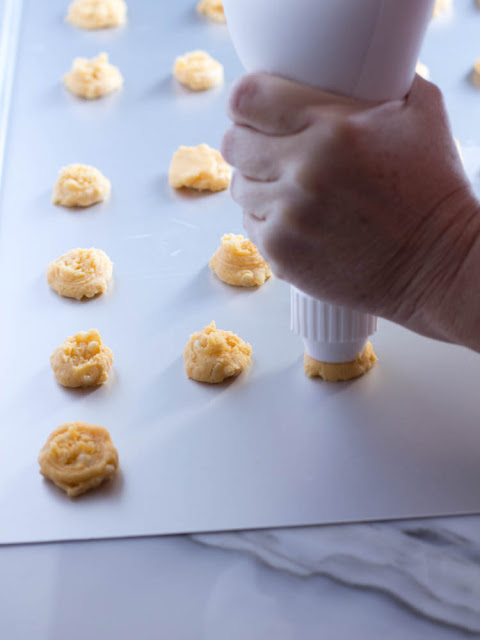 Miss Mimi's Famous Cheese Biscuits. Southern Cheese Crackers Cookies