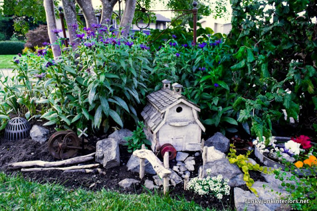 farm styled outdoor fairy garden via Funky Junk Interiors