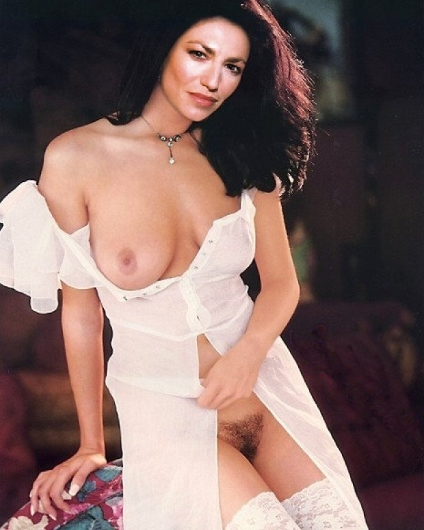 Question consider, Gloria estefan nude fakes
