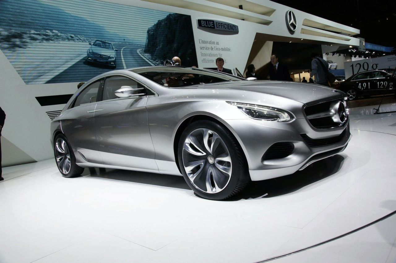 MERCEDES-BENZ BABY CLS NOW IN PRODUCTION?-4.bp.blogspot.com