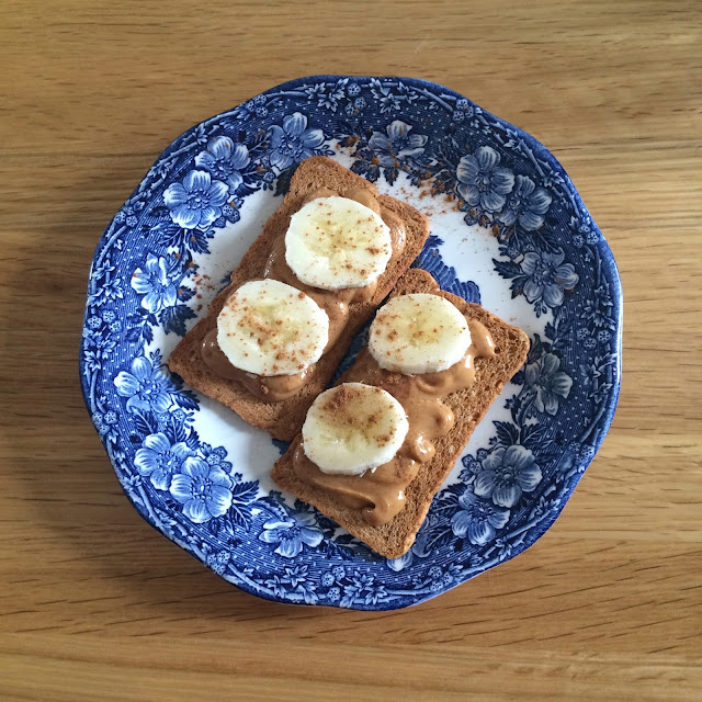 melba, thins, toast, peanutbutter, nut, butter, cinnamon, banana, breakfast, healthy, peanut, nut