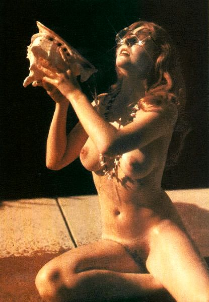 Elvira tit cassandra peterson