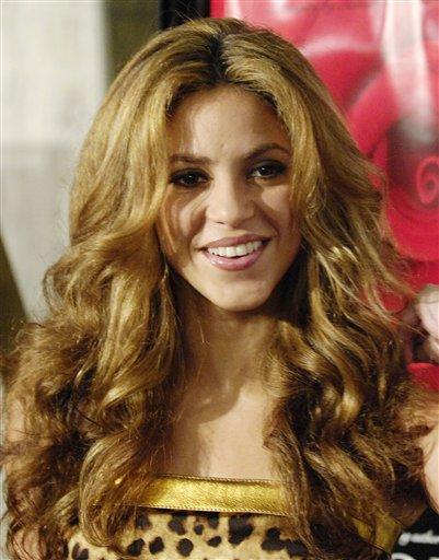 """discografia de shakira. Shakira clava quot;No"""" como"""