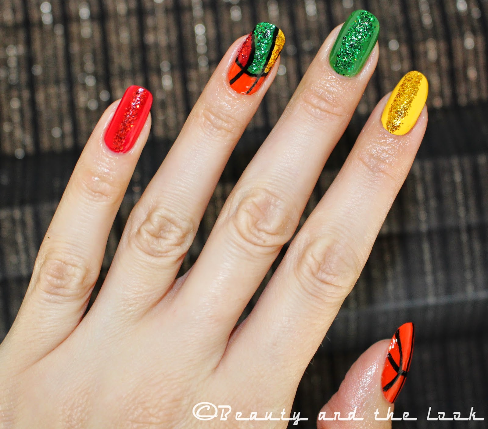 Lithuanian basketball nails beautythelook for this lithuanian basketball nail art i used the colors of the lithuanian flag yellow green and red for my ring finger nail i created an image of a prinsesfo Choice Image