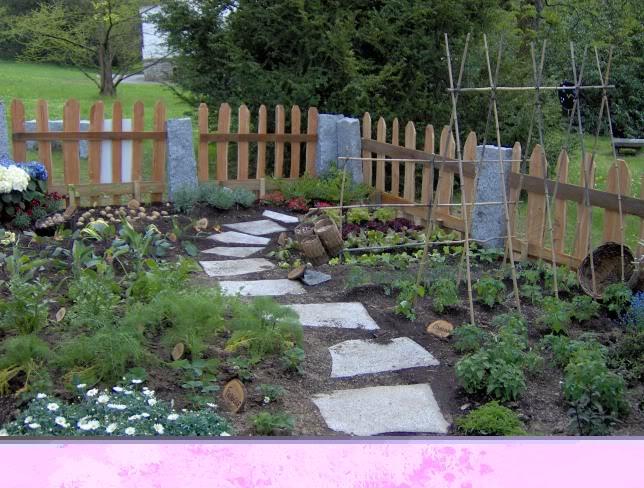Ecopaesaggio natural healing land veggy garden - L orto in giardino ...