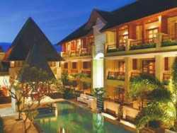 Hotel Kolam Renang di Legian - Fourteen Roses Beach Hotel