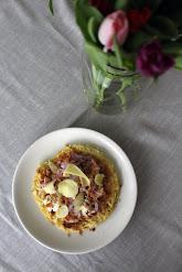 Okonomiyaki eli japanilainen munakas