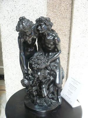 Фигура из чугуна