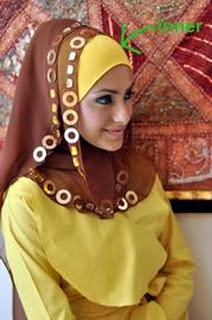 style hijab untuk wajah persegi panjang