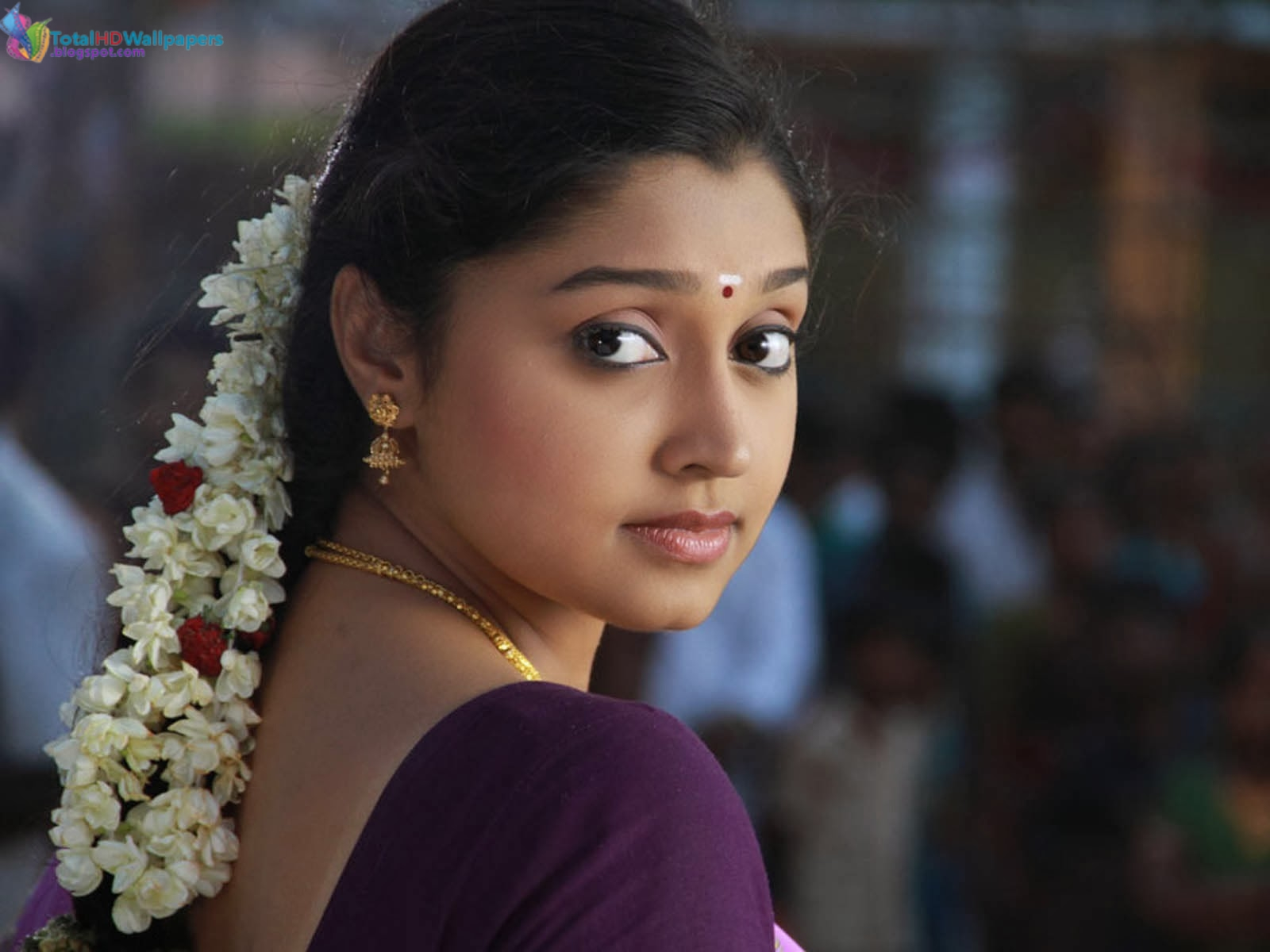 tamil actress hd wallpapers free downloads