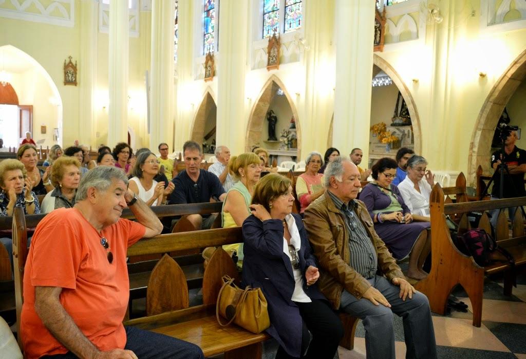Saudoso, o público prestigiou o evento, mesmo sendo domingo de Páscoa