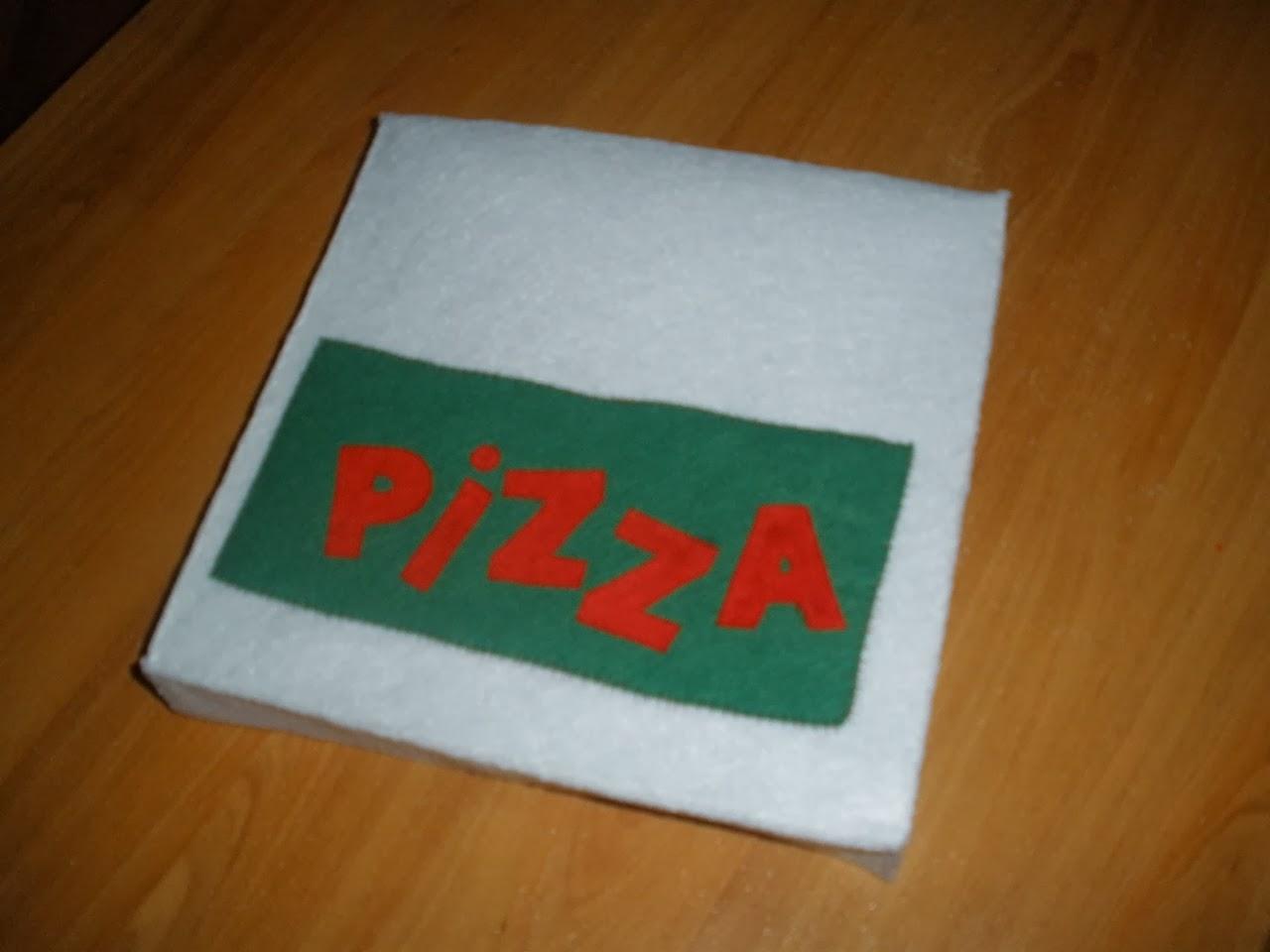 caramelle et marabout dinette en feutrine boite pizza le tuto. Black Bedroom Furniture Sets. Home Design Ideas