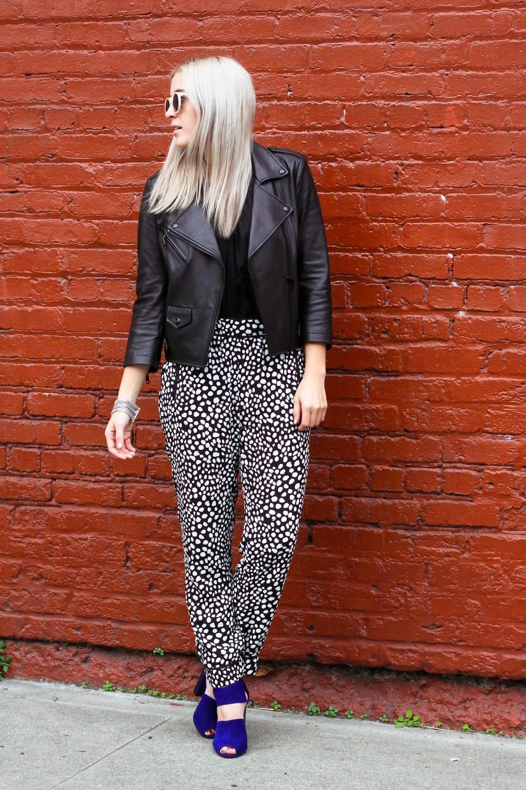 San Francisco Blogger Stone Fox Style shows you how to wear patterned pajama trousers