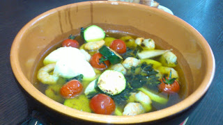 シェフ派遣:海老と野菜のオリーブオイル煮
