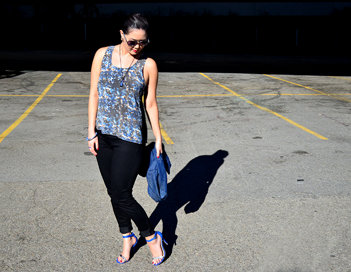 how to wear chambray and tank top