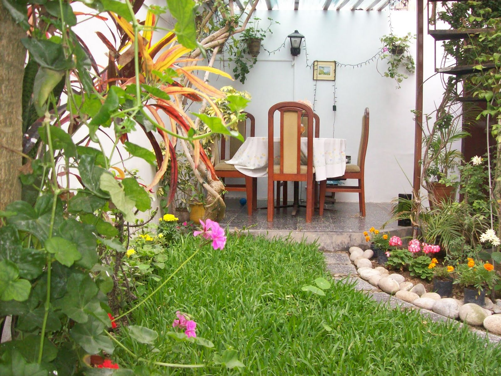 Mujer hoy jardines para disfrutar del verano Decoraciones para jardines de casas