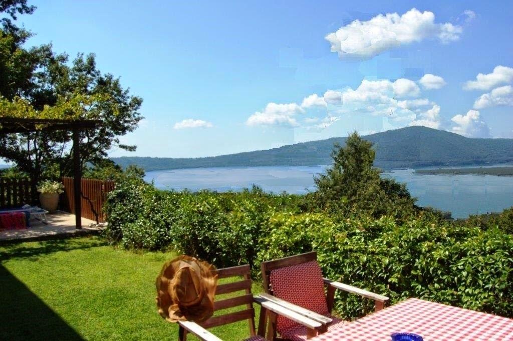 casa vacanze sul lago di vico confortevole soggiorno