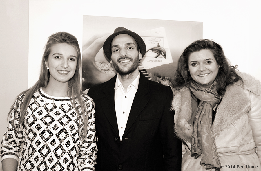 Virginie Guillaume, Ben Heine and Delphine Bourgeois - Exposition d'art Parallel Universe - 2014