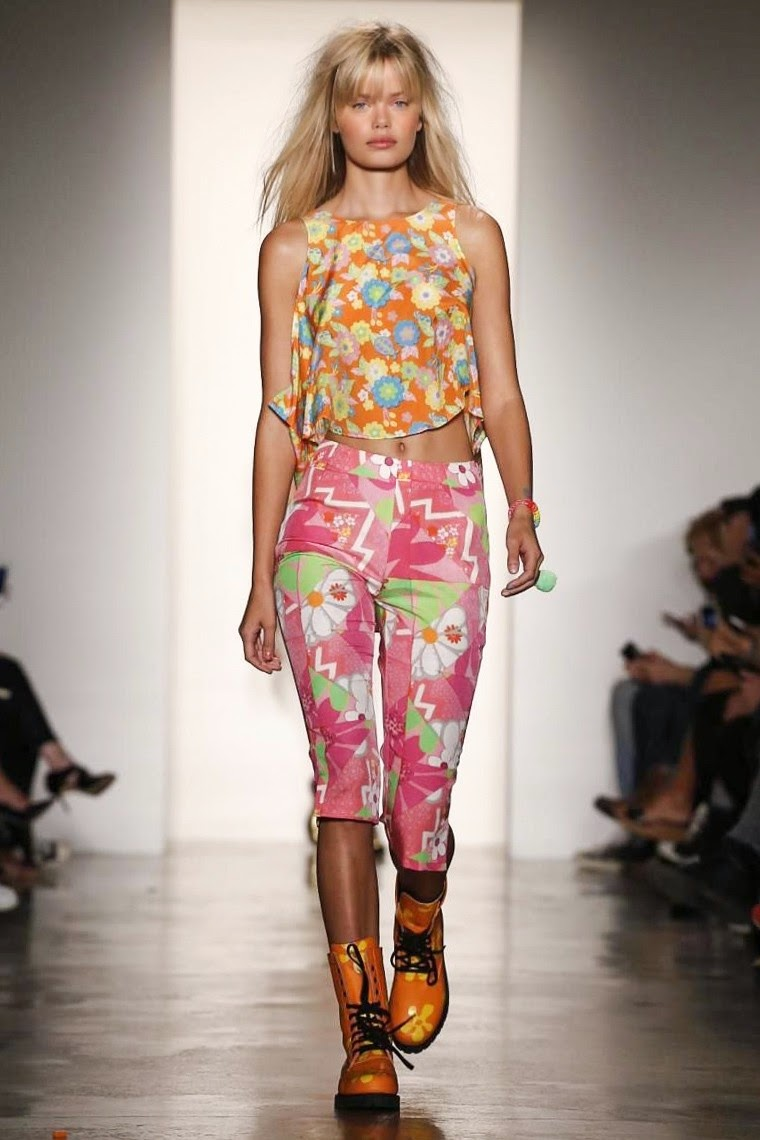 Jeremy Scott spring summer 2015, Jeremy Scott ss15, Jeremy Scott, Jeremy Scott ss15 nyfw, Jeremy Scott nyfw, Jeremy Scott moschino, nyfw, nyfwss15, nyfw2014, fashion week, new york fashion week, du dessin aux podiums, dudessinauxpodiums, vintage look, dress to impress, dress for less, boho, unique vintage, alloy clothing, venus clothing, la moda, spring trends, tendance, tendance de mode, blog de mode, fashion blog,  blog mode, mode paris, paris mode, fashion news, designer, fashion designer, moda in pelle, ross dress for less, fashion magazines, fashion blogs, mode a toi, revista de moda, vintage, vintage definition, vintage retro, top fashion, suits online, blog de moda, blog moda, ropa, asos dresses, blogs de moda, dresses, tunique femme,  vetements femmes, fashion tops, womens fashions, vetement tendance, fashion dresses, ladies clothes, robes de soiree, robe bustier, robe sexy, sexy dress