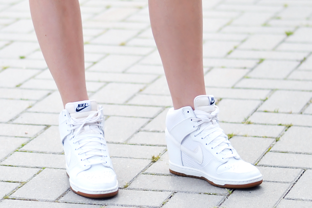 Nike dunk sky hi, white sneakers, mesh, nike, wedge sneakers, summer trend