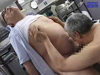 Japanese Daddy torture old daddy's nipples and suck him at the same time