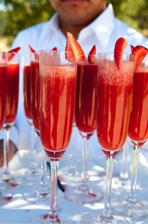 drink of the week strawberry mimosa