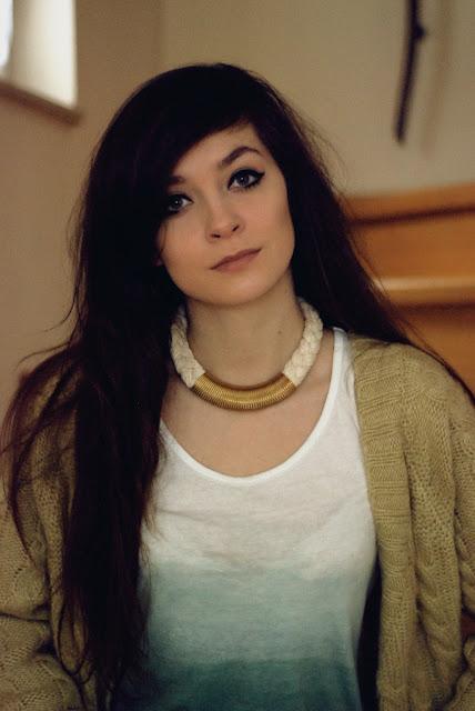 brunette, cute, sexy, girl, green, eyes, pretty, lips, sony, cat, eyes