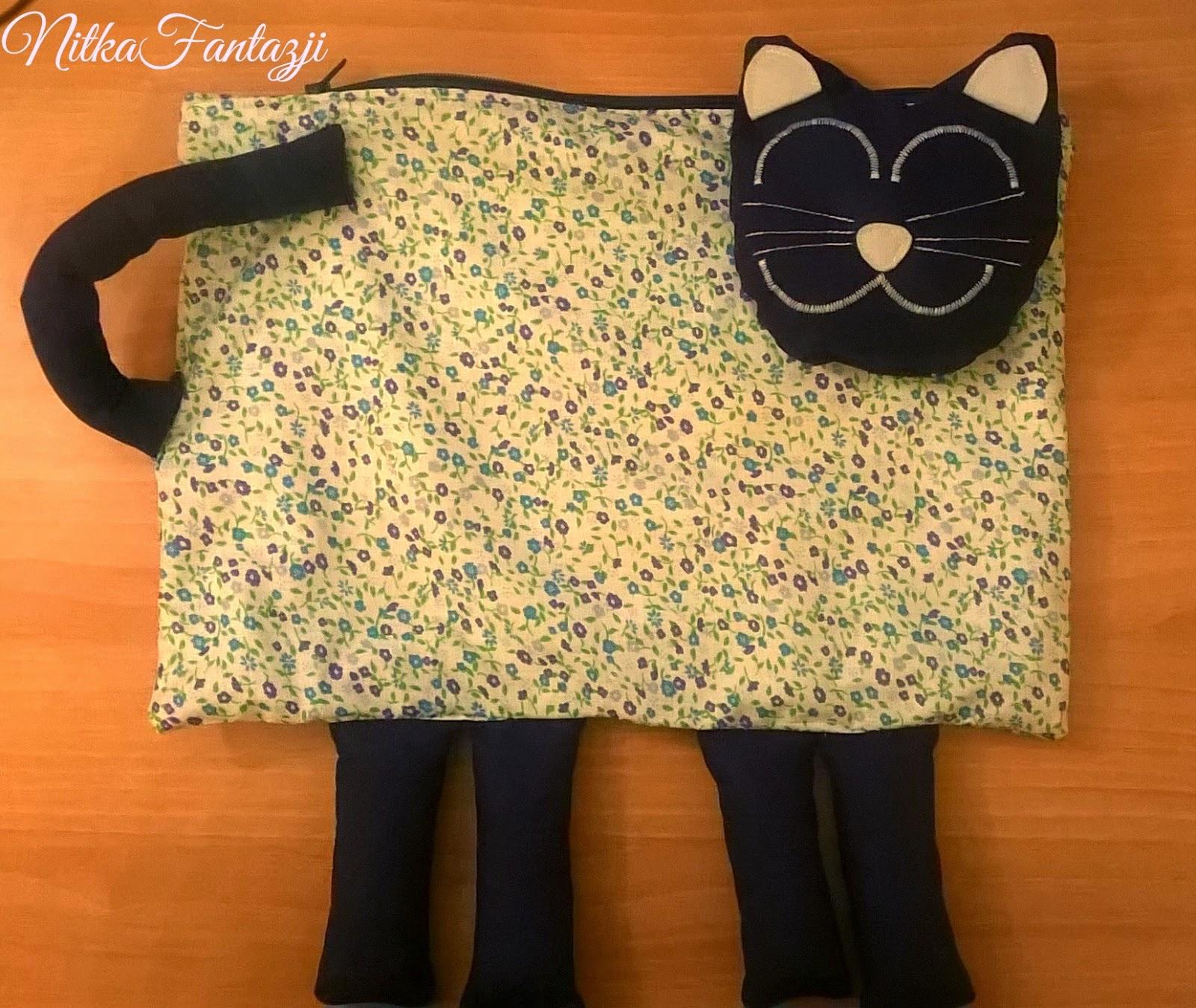 poduszka w kształcie kota