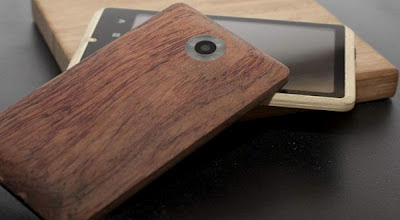 Ponsel Android dari bambu