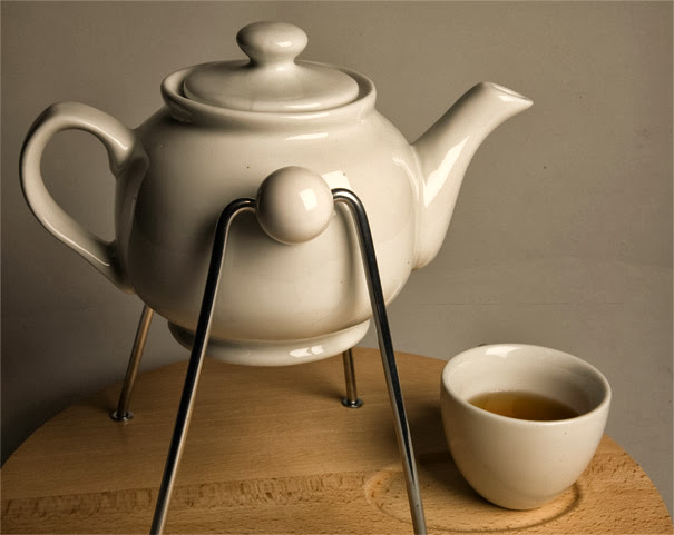 The Rocking Teapot