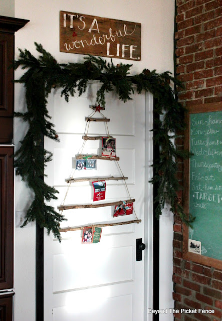 card holder, it's a wonderful life, Christmas decor, garland, hometalk, country Living, http://bec4-beyondthepicketfence.blogspot.com/2015/12/home-for-christmas-home-tour-blog-hop.html