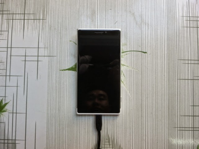 Microsoft's Nokia Lumia 1020 Successor Leaks! Features Huge Camera Bump