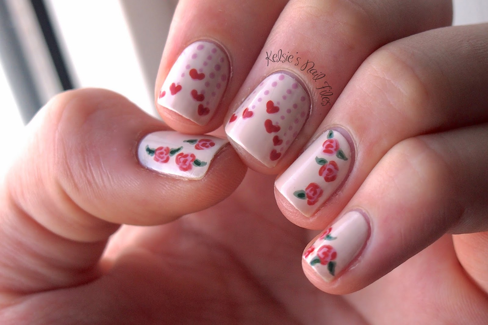 Kelsies nail files nailpolis valentines nail art contest if you like my design just click on the photo below and click like 15 votes gets me on to the judging round there are tons of gorgeous designs prinsesfo Gallery